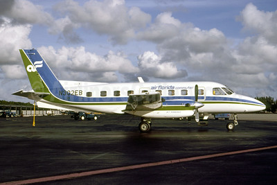 Air Florida Commuter (Finair Express) Embraer EMB-110P1 Bandeirante N302EB (msn 110427) MIA (Bruce Drum). Image: 105317.
