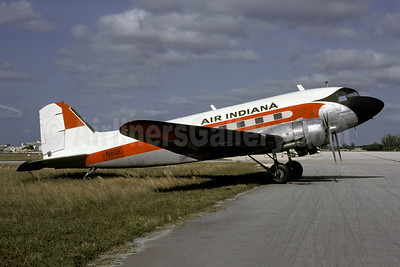 Air Indiana Douglas DC-3-392 N8QE (msn 4084) (FAA colors) OPF (Christian Volpati Collection). Image: 945583.