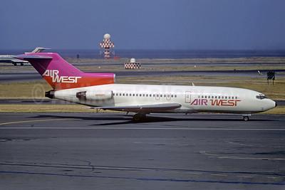 Air West (1st) Boeing 727-193 N898PC (msn 19620) SFO (Jacques Guillem Collection). Image: 932766.