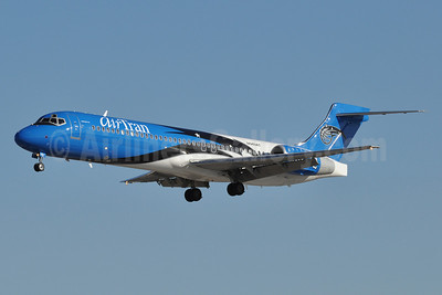 AirTran Airways Boeing 717-2BD N949AT (msn 55003) (Orlando Magic) BWI (Tony Storck). Image: 910372.