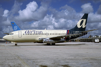 AirTran Airways Boeing 737-2L9 N464AT (msn 21278) MIA (Bruce Drum). Image: 103091.