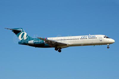 AirTran Airways Boeing 717-2BD N943AT (msn 55006) FLL (Bruce Drum). Image: 100357.