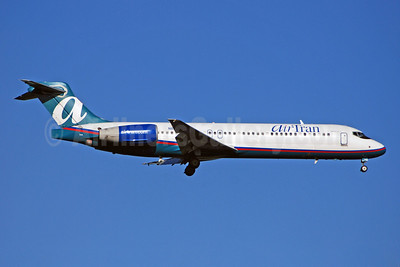 AirTran Airways Boeing 717-2BD N894AT (msn 55003) ATL (Bruce Drum). Image: 100681.