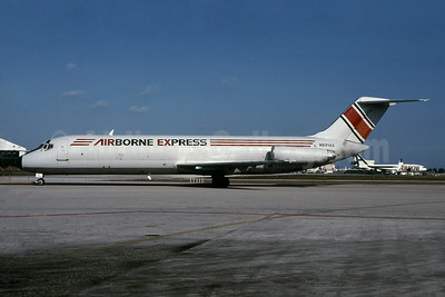 Airborne Express McDonnell Douglas DC-9-33 (F) N934AX (msn 47462) MIA (Bruce Drum). Image: 103607.