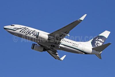 Alaska Airlines Boeing 737-790 WL N644AS (msn 30795) ANC (Michael B. Ing). Image: 933055.