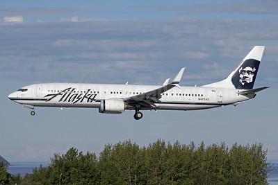 Alaska Airlines Boeing 737-990 ER SSWL N472AS (msn 60580) ANC (Michael B. Ing). Image: 933053.