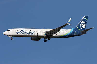 Alaska Airlines Boeing 737-990 ER SSWL N494AS (msn 41729) IAD (Brian McDonough). Image: 933379.