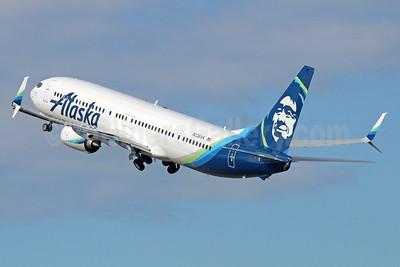 Alaska Airlines Boeing 737-990 ER SSWL N236AK (msn 36351) ANC (Michael B. Ing). Image: 932970.