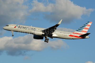 American Airlines Boeing 757-2B7 WL N941UW (msn 27806) CLT (Jay Selman). Image: 403074.