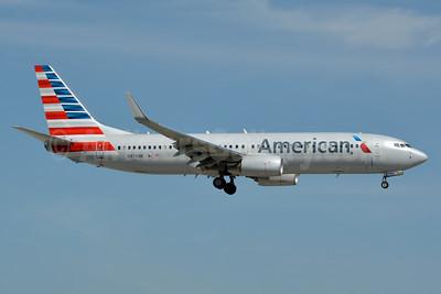 American Airlines Boeing 737-823 WL N976NN (msn 33243) MIA (Jay Selman). Image: 403077.