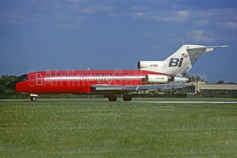 Braniff International Airways (1st) Boeing 727-27C N7296 (msn 19533) (Christian Volpati Collection). Image: 932565.