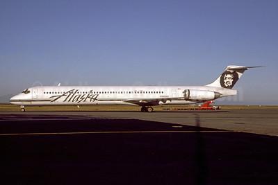 Alaska Airlines McDonnell Douglas DC-9-83 (MD-83) N946AS (msn 49658) YVR (Erik Johannesson - Bruce Drum Collection). Image: 948161.