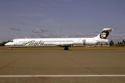 Alaska Airlines McDonnell Douglas DC-9-83 (MD-83) N962AS (msn 53076) SEA (Bruce Drum). Image: 105185.