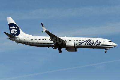 Alaska Airlines Boeing 737-990 ER SSWL N478AS (msn 44105) BOS (Fred Freketic). Image: 936676.