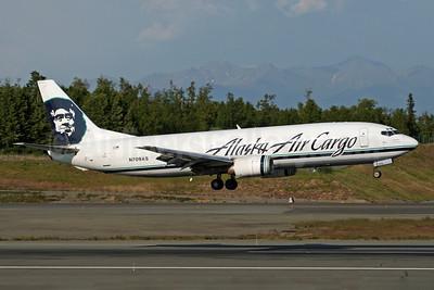 Alaska Air Cargo (Alaska Airlines) Boeing 737-490 (F) N709AS (msn 28896) ANC (Michael B. Ing). Image: 902622.