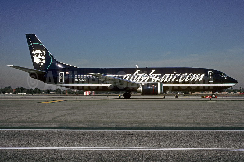Alaskaair.com (Alaska Airlines) Boeing 737-4Q8 N774AS (msn 25107) LAX (Roy Lock). Image: 907424.
