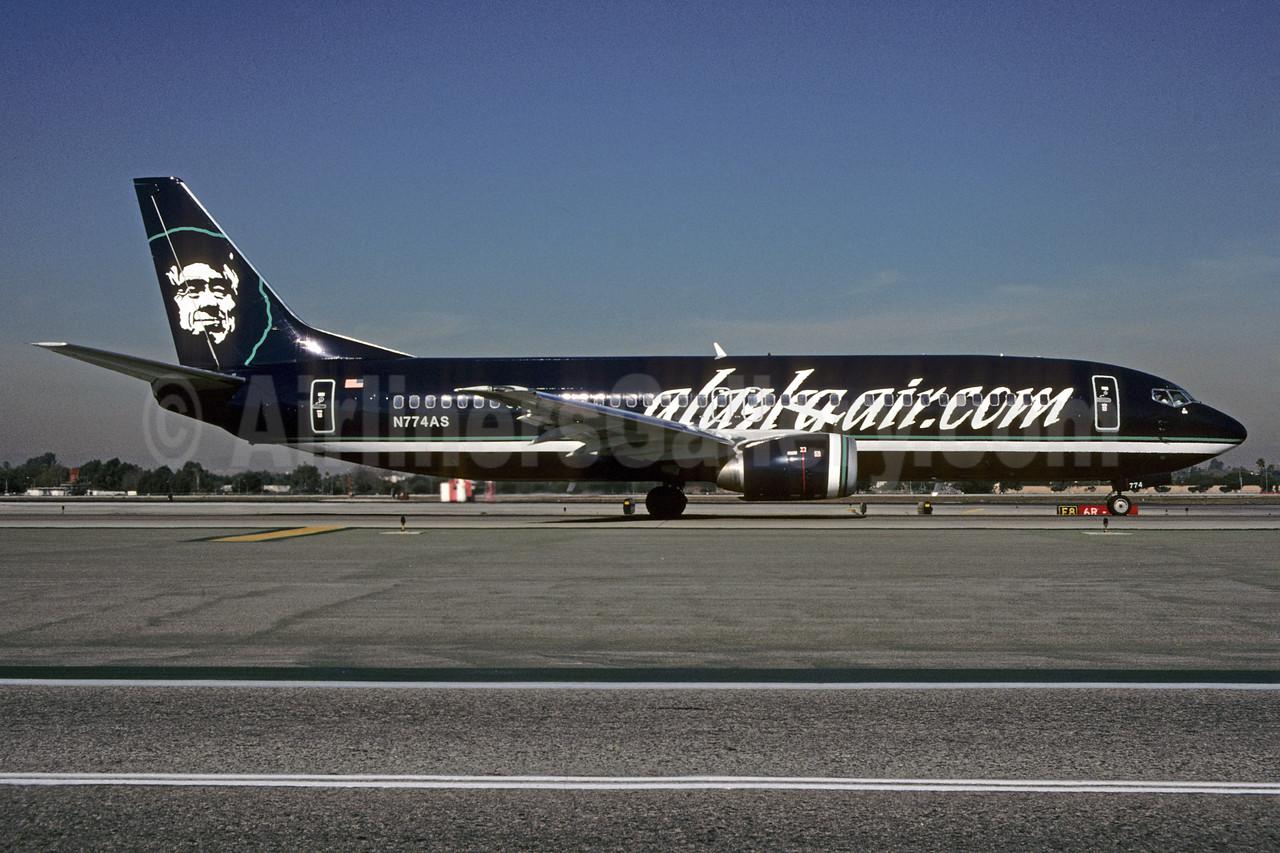 Alaskaair.com (Alaska Airlines) Boeing 737-4Q8 N774AS (msn 25107) LAX (Roy Lock). Image: 907424.