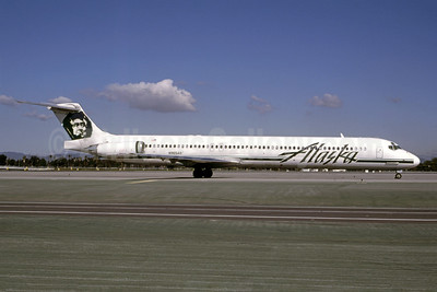 Alaska Airlines McDonnell Douglas DC-9-83 (MD-83) N965AS (msn 53079) LAX (Bruce Drum). Image: 105186.
