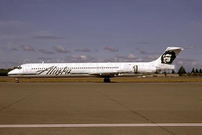 Alaska Airlines McDonnell Douglas DC-9-83 (MD-83) N950AS (msn 53023) SEA (Bruce Drum). Image: 105183.