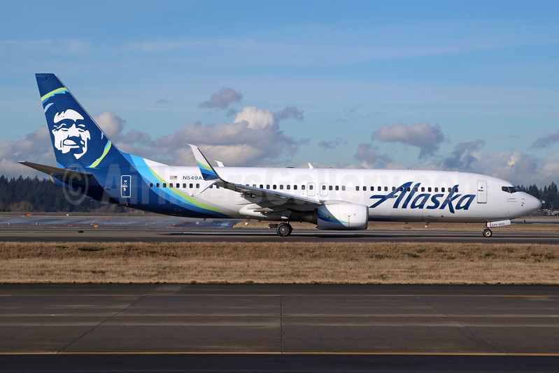 Alaska Airlines Boeing 737-8FH SSWL N549AS (msn 30824) SEA (Michael B. Ing). Image: 937287.