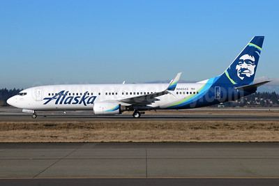 Alaska Airlines Boeing 737-890 SSWL N585AS (msn 35683) SEA (Michael B. Ing). Image: 937055.