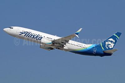 Alaska Airlines Boeing 737-890 SSWL N553AS (msn 34594) LAX (Michael B. Ing). Image: 935080.