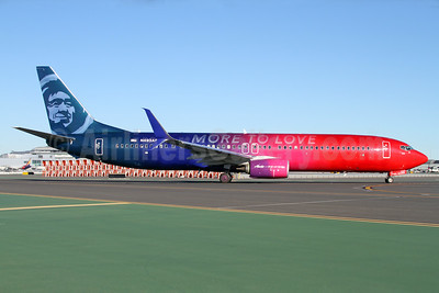 """""""More to Love"""" special livery to celebrate the Alaska - Virgin America merger"""