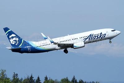 Alaska Airlines Boeing 737-890 SSWL N587AS (msn 35684) PAE (Nick Dean). Image: 937759.