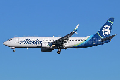 Alaska Airlines Boeing 737-890 SSWL N562AS (msn 35091) SEA (Michael B. Ing). Image: 937052.