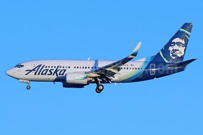 Alaska Airlines Boeing 737-790 WL N615AS (msn 30344) SEA (Michael B. Ing). Image: 937045.