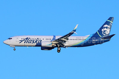 Alaska Airlines Boeing 737-890 SSWL N586AS (msn 35189) SEA (Michael B. Ing). Image: 937056.