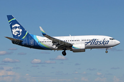Alaska Airlines Boeing 737-790 WL N644AS (msn 30795) ANC (Michael B. Ing). Image: 938713.