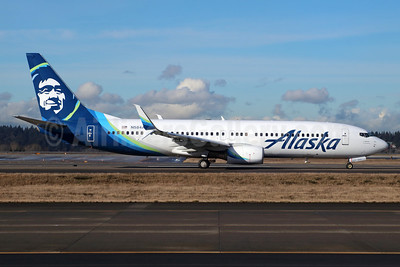 Alaska Airlines Boeing 737-890 SSWL N584AS (msn 35682) SEA (Michael B. Ing). Image: 937054.