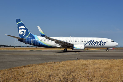 Alaska Airlines Boeing 737-890 SSWL N594AS (msn 35191) SEA (Bruce Drum). Image: 104704.