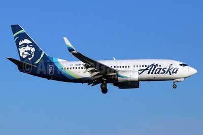 Alaska Airlines Boeing 737-790 WL N614AS (msn 30343) SNA (Michael B. Ing). Image: 947164.