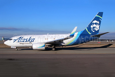 Alaska Air Cargo (Alaska Airlines) Boeing 737-790 (F) WL N627AS (msn 30794) SEA (Michael B. Ing). Image: 946011.