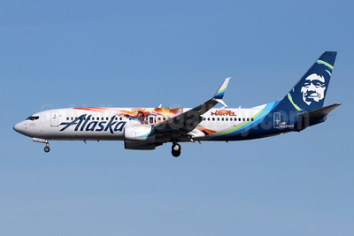 "Alaska Airlines' 2019 ""Captain Marvel"" promotional livery"
