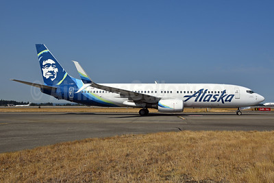Alaska Airlines Boeing 737-890 SSWL N589AS (msn 35686) SEA (Bruce Drum). Image: 104703.