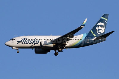 Alaska Airlines Boeing 737-790 WL N611AS (msn 29753) IAD (Brian McDonough). Image: 952184.