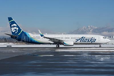 Alaska Airlines Boeing 737-990 ER SSWL N267AK (msn 60581) YVR (Rob Rindt). Image: 941102.