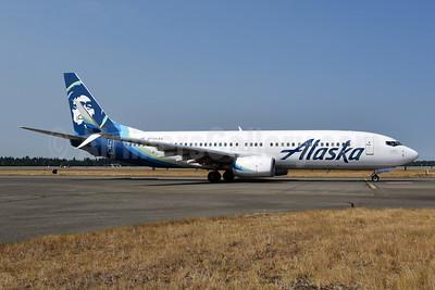 Alaska Airlines Boeing 737-890 SSWL N556AS (msn 35175) SEA (Bruce Drum). Image: 104699.
