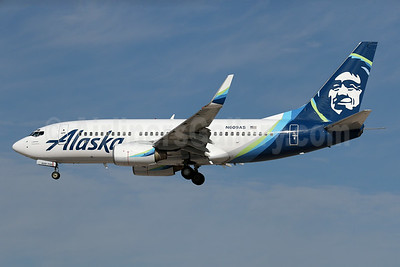 Alaska Airlines Boeing 737-790 WL N609AS (msn 29752) LAX (James Helbock). Image: 935760.