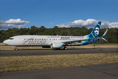 Alaska Airlines salutes Boeing's 100 years of flying
