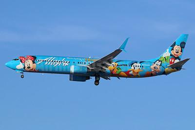 Alaska Airlines Boeing 737-990 SSWL N318AS (msn 30018) (Spirit of Disneyland II) LAX (Michael B. Ing). Image: 941103.