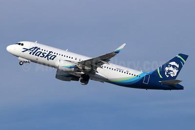 Alaska Airlines Airbus A320-214 WL N282VA (msn 6704) LAX (Michael B. Ing). Image: 945311.