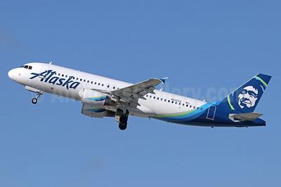 Alaska Airlines Airbus A320-214 N625VA (msn 2800) LAX (Michael B. Ing). Image: 940976.