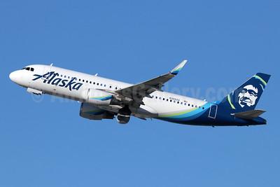 Alaska Airlines Airbus A320-214 WL N365VA (msn 7207) LAX (Michael B. Ing). Image: 945053.