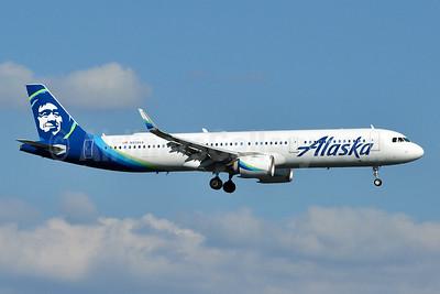 Alaska Airlines Airbus A321-253N WL N928VA (msn 8246) DCA (Tony Storck). Image: 944197.