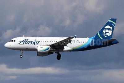 Alaska Airlines Airbus A319-112 N524VA (msn 3204) LAX (Michael B. Ing). Image: 945668.
