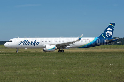 First Airbus A321 in full Alaska livery
